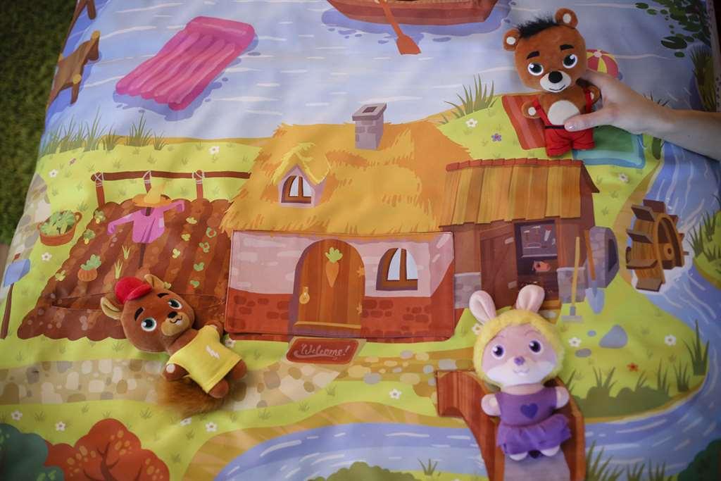 04_Viola's house_Stormy_Viola_Barney