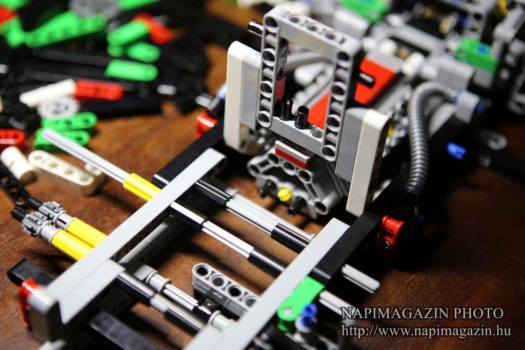 42039-lego-technic-24-oras-versenyauto-teszt-napimagazin-007