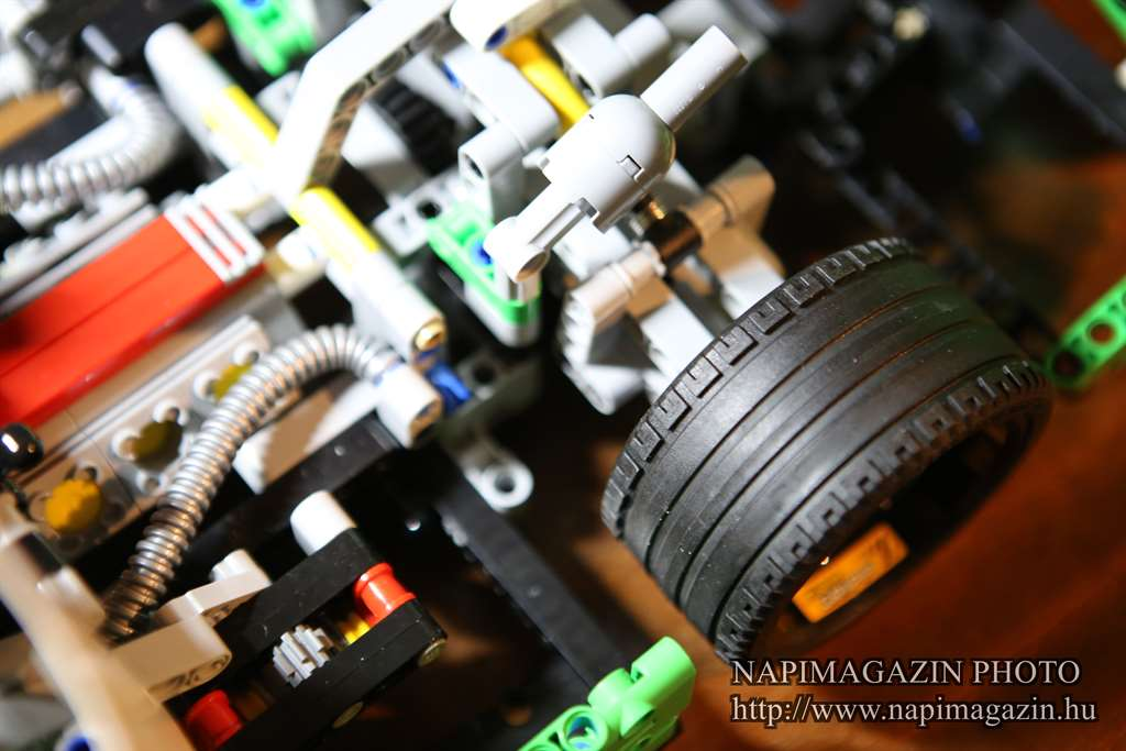 42039-lego-technic-24-oras-versenyauto-teszt-napimagazin-020