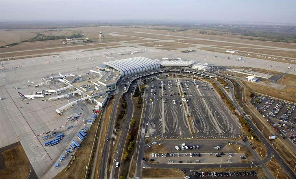 budapest_airport_ihohu