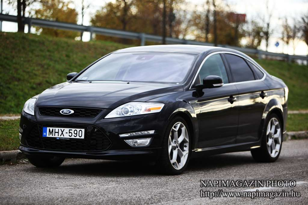 ford_mondeo_20_ecoboost_2013_001