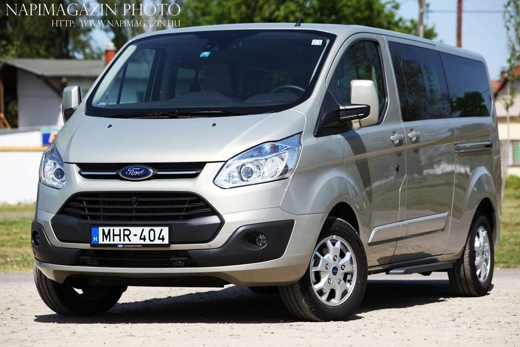 ford_tourneo_custom_lwb_22_tdci_001