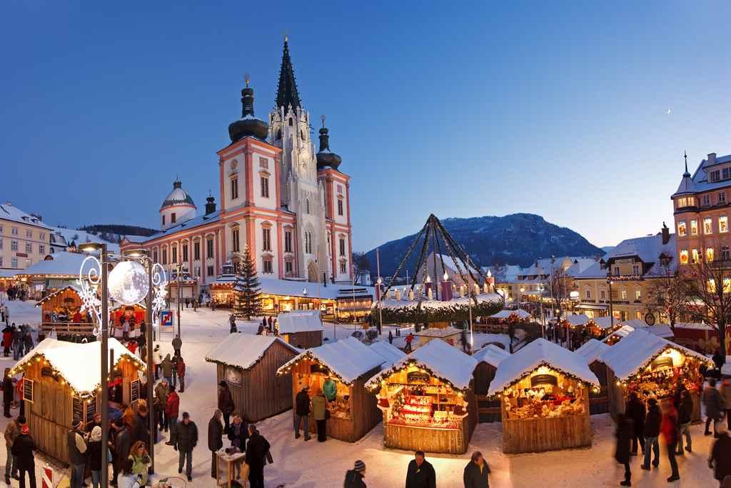 hauptplatz-advent -mariazellerland-