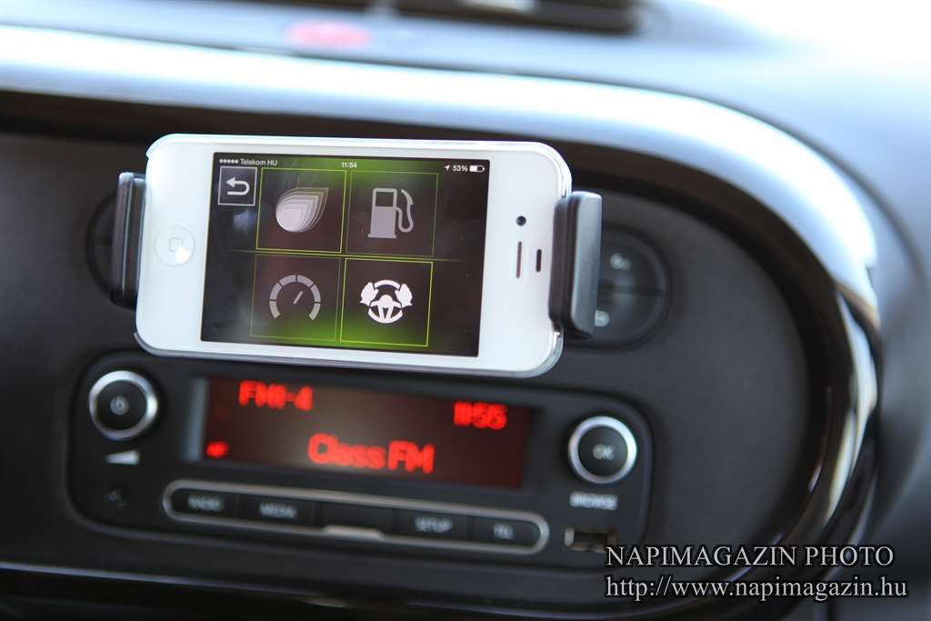 r_and_go_iphone_renault_twingo_2014_1