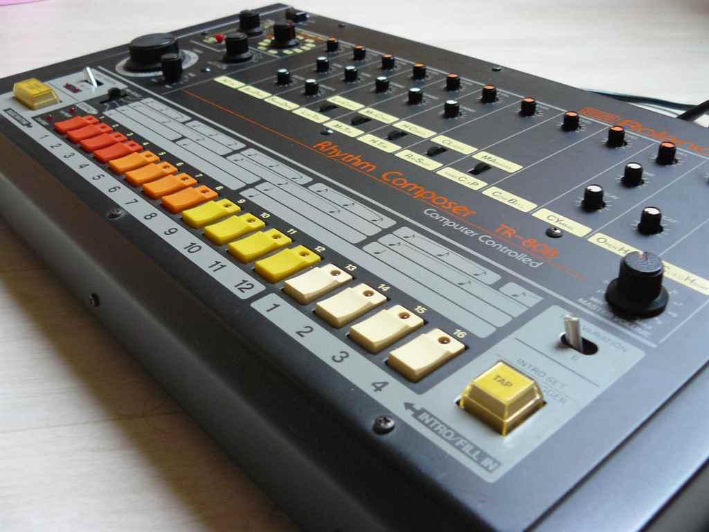 roland-tr-808-napimagazin