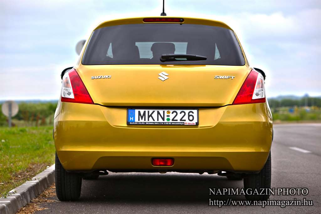 suzuki_swift_gs_003