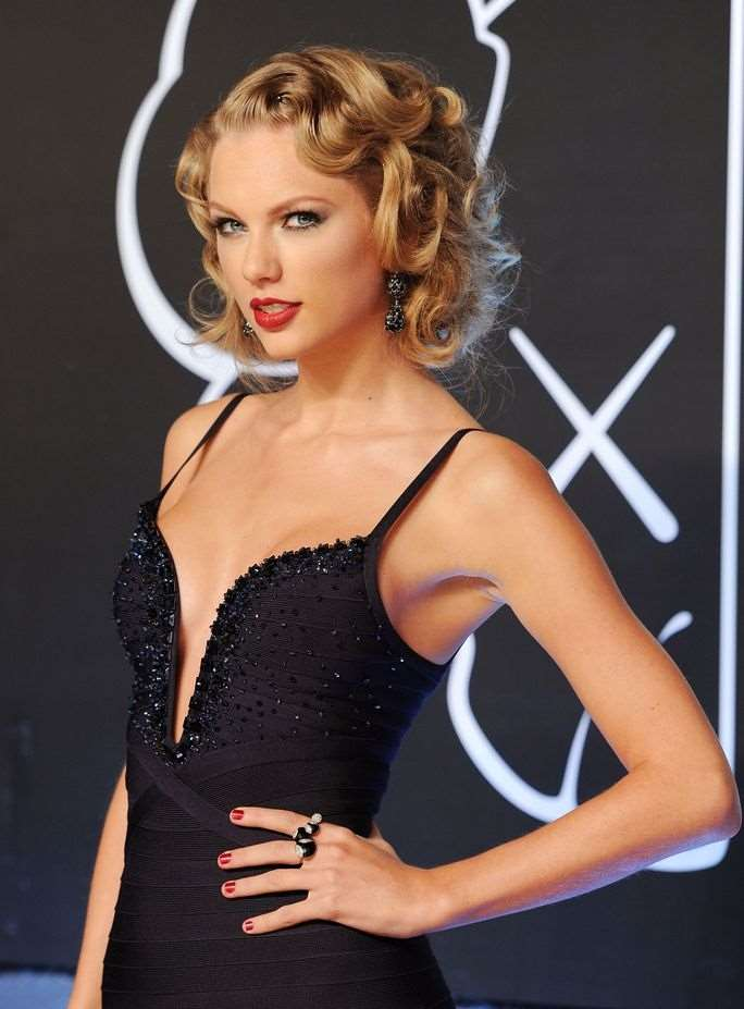 vma_taylor_swift